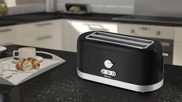 Top 5 Best 4-Slice Toaster in 2020 for Crunchy Slices and Bagels