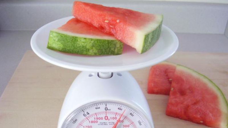 How Much Does An Average Watermelon Weigh? Amazing Truth